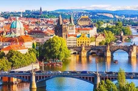 Odwiedź Pragę