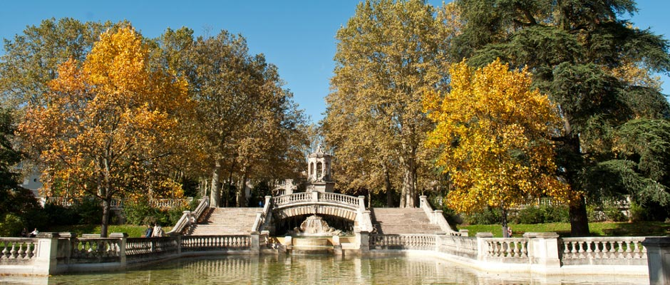 Paris to dijon trains buses flights goeuro - Boulevard pershing porte maillot ...