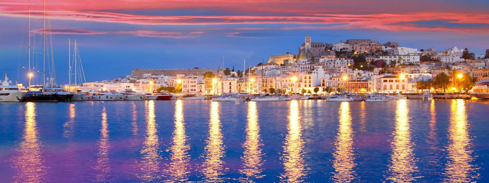 Resultado de imagen de Cuándo viajar a Ibiza