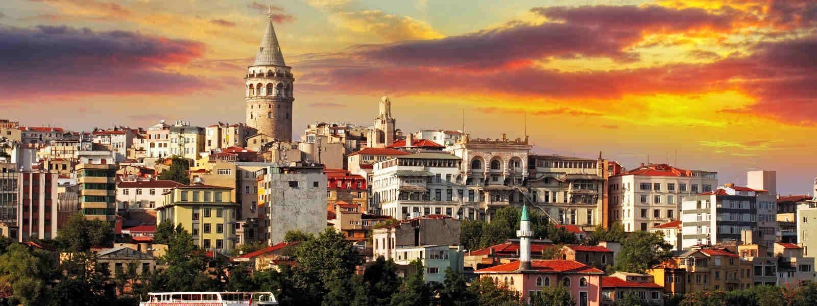 g nstige fl ge fernbusse und bahntickets nach istanbul. Black Bedroom Furniture Sets. Home Design Ideas