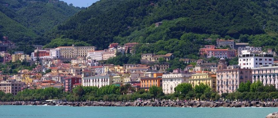 Viaggi in autobus per Salerno